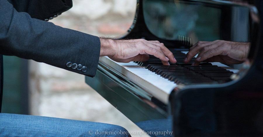 Arturo Stàlteri in concerto