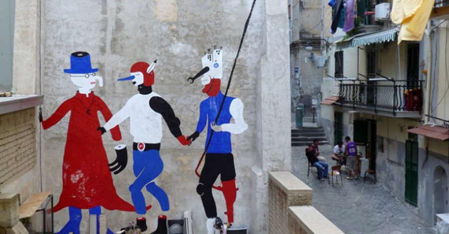 Quartieri Spagnoli: da San Martino a Toledo lungo la Pedamentina