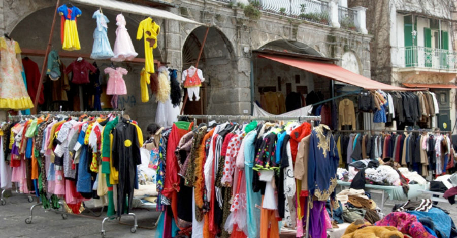 divisa Napoli vesti